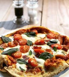 Tricolore Pizza.jpg