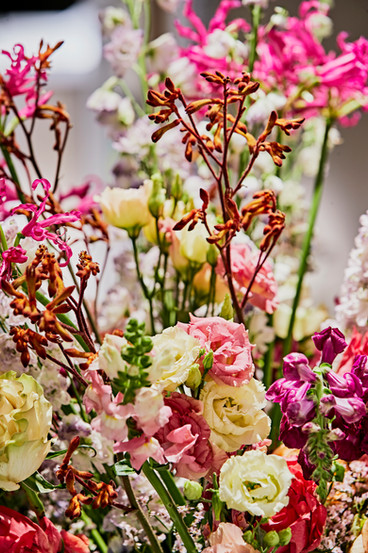 Flowers_Tefaf_NY_Fall19_MarkNiedermann_1