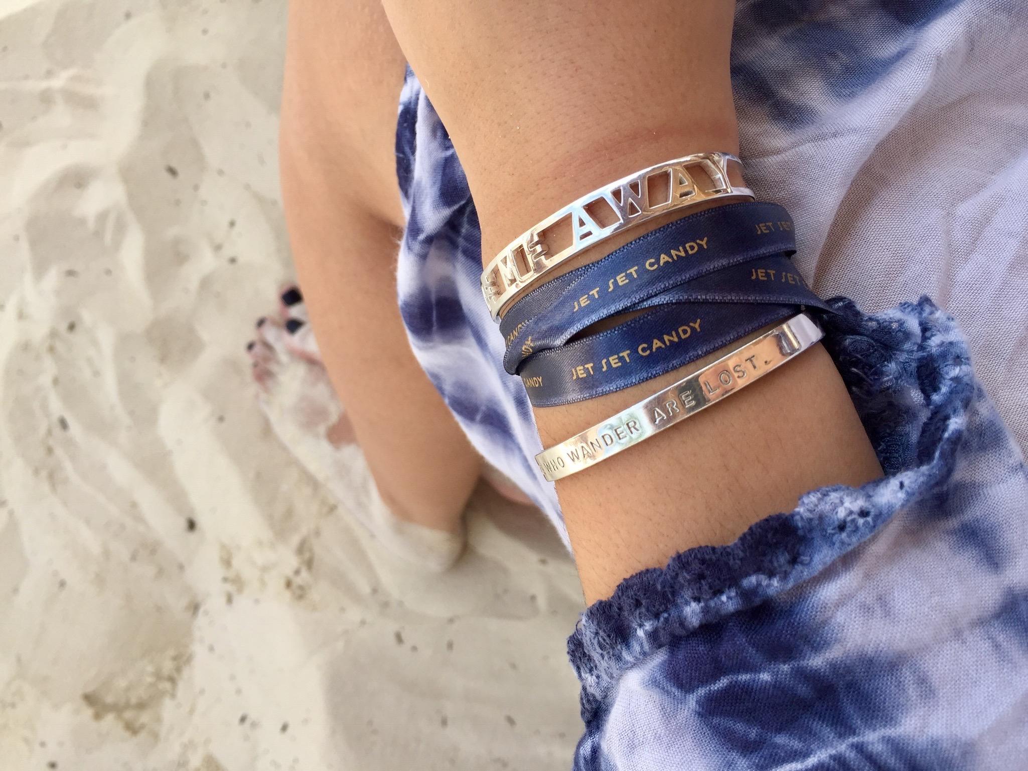 Cuffs Navy Sand