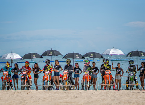 Official photographer for Singapore MX Beach Race. Picture used for Singapore MX Beach Race Facebook account