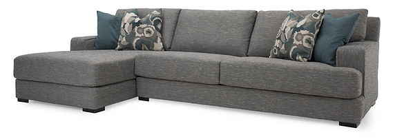 2702 Sectional w_Chaise