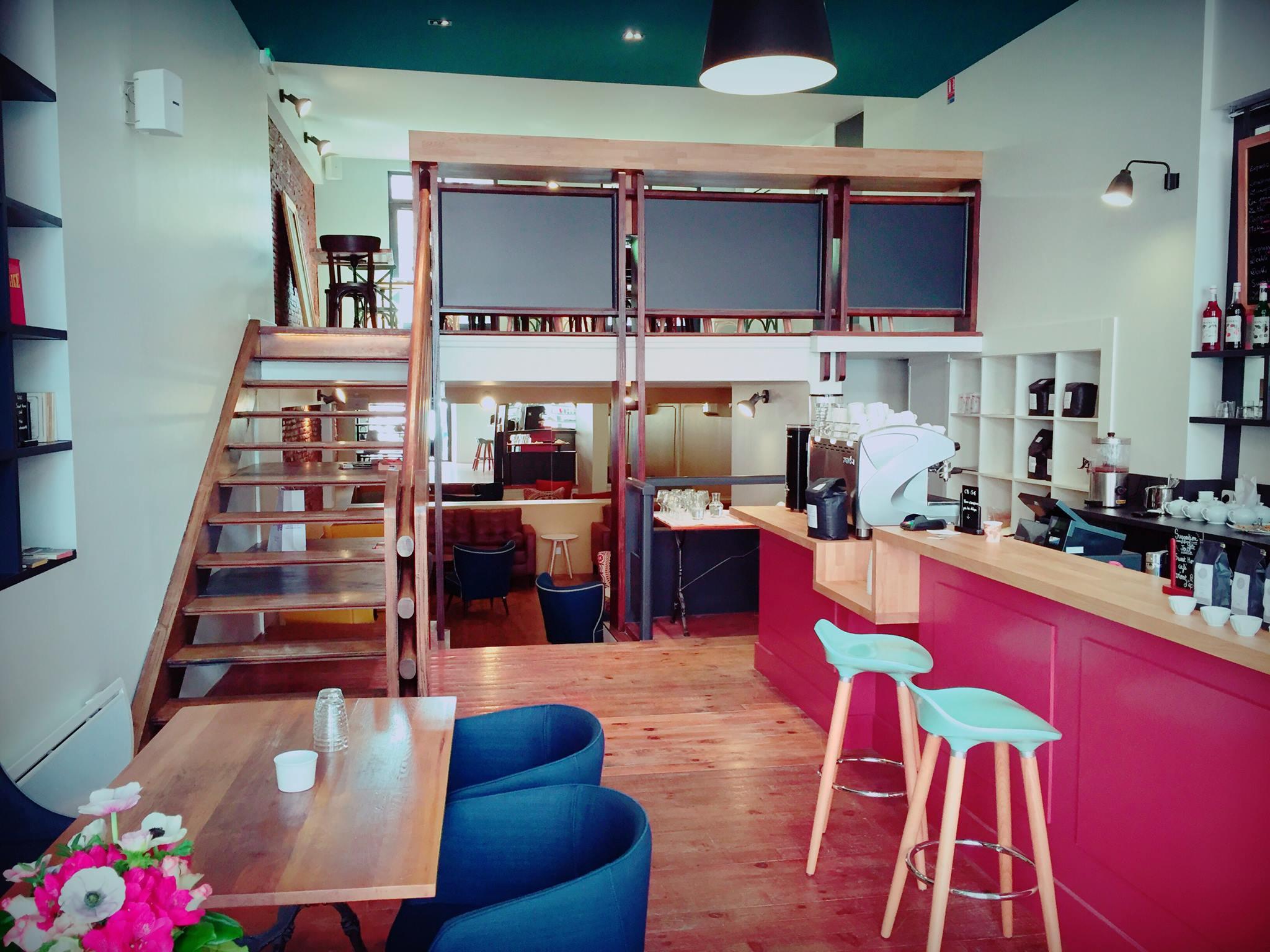 intérieur du sweet home cafe