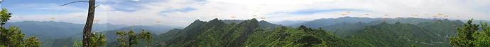 大ナゲシ東から南、西の展望 山名入パノラマW.jpg