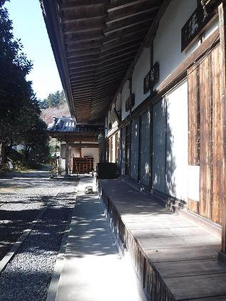 慈光寺の縁台