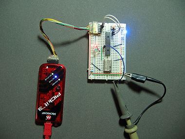 16F18857のクロック設定と切り替え時間の計測2.jpg