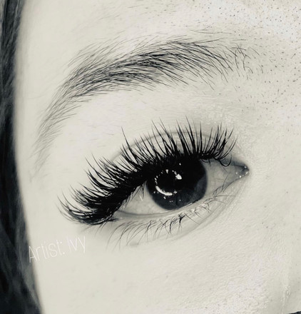 Classic to Hybrid lashes