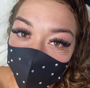 volume long lashes