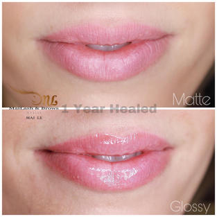 Glossy, simply just apply lip glossy or Vaseline . Lip Blush in 1 year.