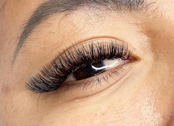 cat eye lashes