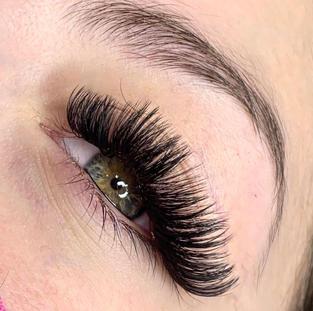 volume lashes D curl