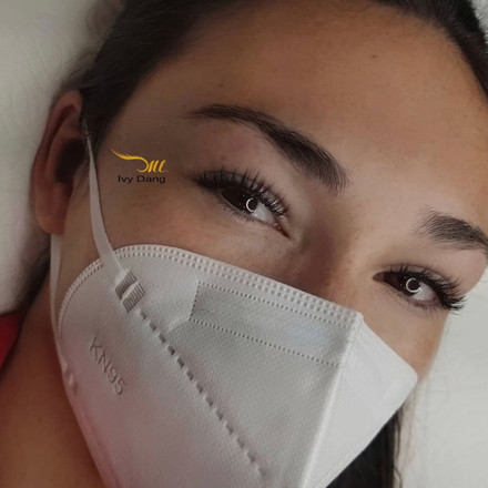 natural volume lashes