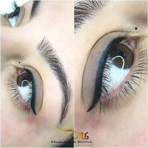 Just Classic Eyeliner for this beauty!_〰