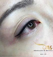 Combo Lash Liner & thin Eyeliner with Cat eye flick