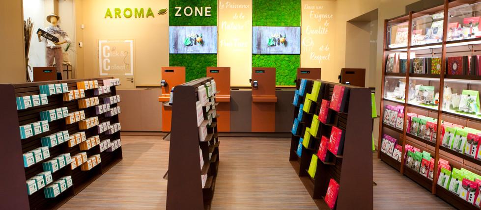 Zone de caisse et attente de caisse produits magasin cosmetiques bio AROMA ZONE PARIS