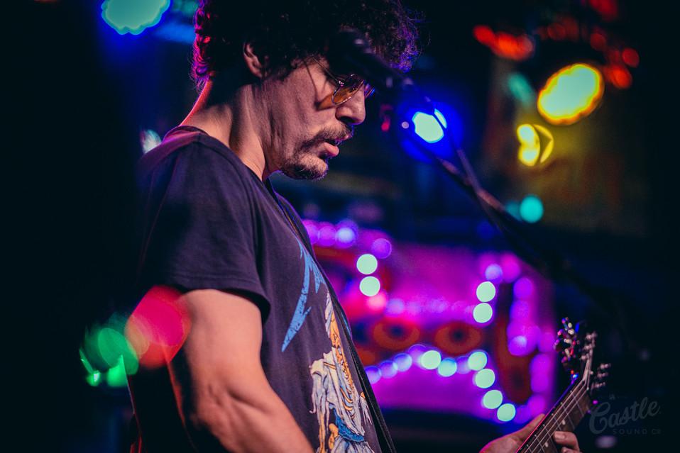 Guitarist Tin Roof