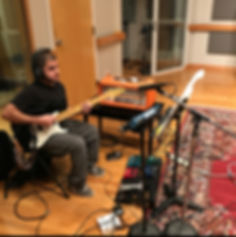 Adam-McPhail-Session_Guitarist-Studio-Na