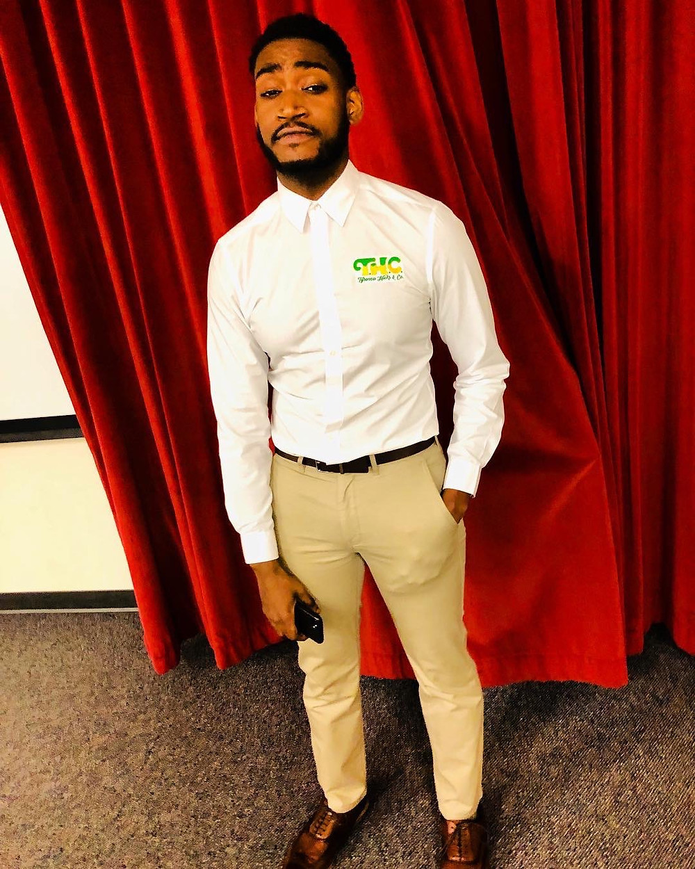 Tyronza Hicks is Entrepreneur, Podcast Personality, Blog Writer & Scholar. He will be graduating his Master's in Communications from Grand Valley State University.