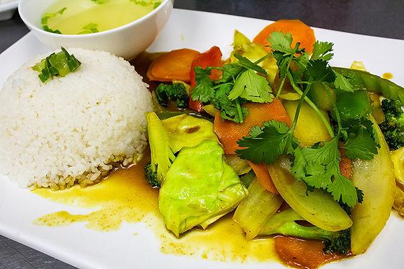 V9- Curry Vegan / Rau Cai Xao Cari