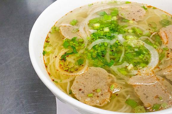 P9- Spicy Vermicelli Meatball - Bun Bo Vien