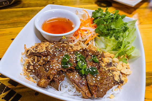 N6- Vermicelli with Mongolian Grilled Bee - Bun Bo Nuong