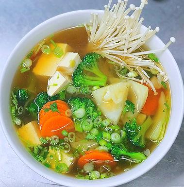 V4- Vegan Noddle Soup / Hu Tieu Chay