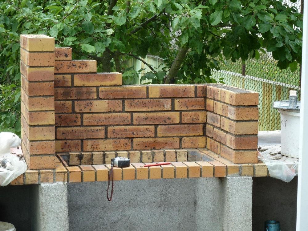 barbecue brique refractaire barbecue en brique. Black Bedroom Furniture Sets. Home Design Ideas