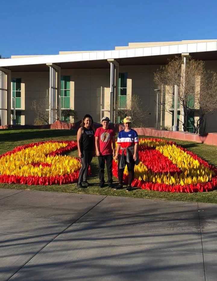 6000 flags for College of the Desert by