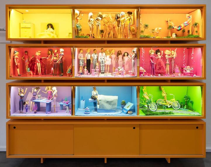 coloramas barbie installation at saguaro