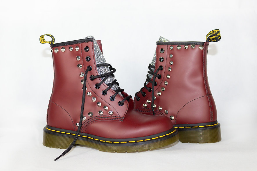 DR MARTENS BORDEAUX SHINE