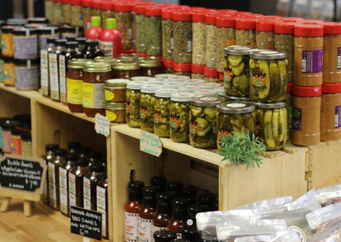 Buff Food Traders 2.jpg