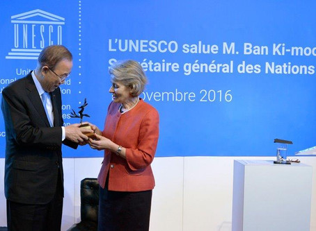 On the 18th of November, Unesco Director General Mrs Irina Bokova offers the Sculpture the Tree of P