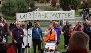Two Rallies against Clarence dog management policy review