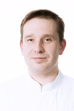 Гончаков Дмитрий Геннадьевич, пластический хирург