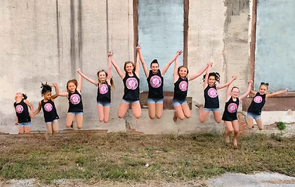 team jump pic 2020 (pink).png