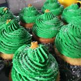 christmastreecupcakes.jpg