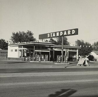 04-ruscha-standard-amarillo-texas-1962_c