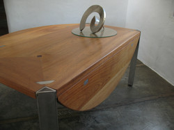 Dining table closed