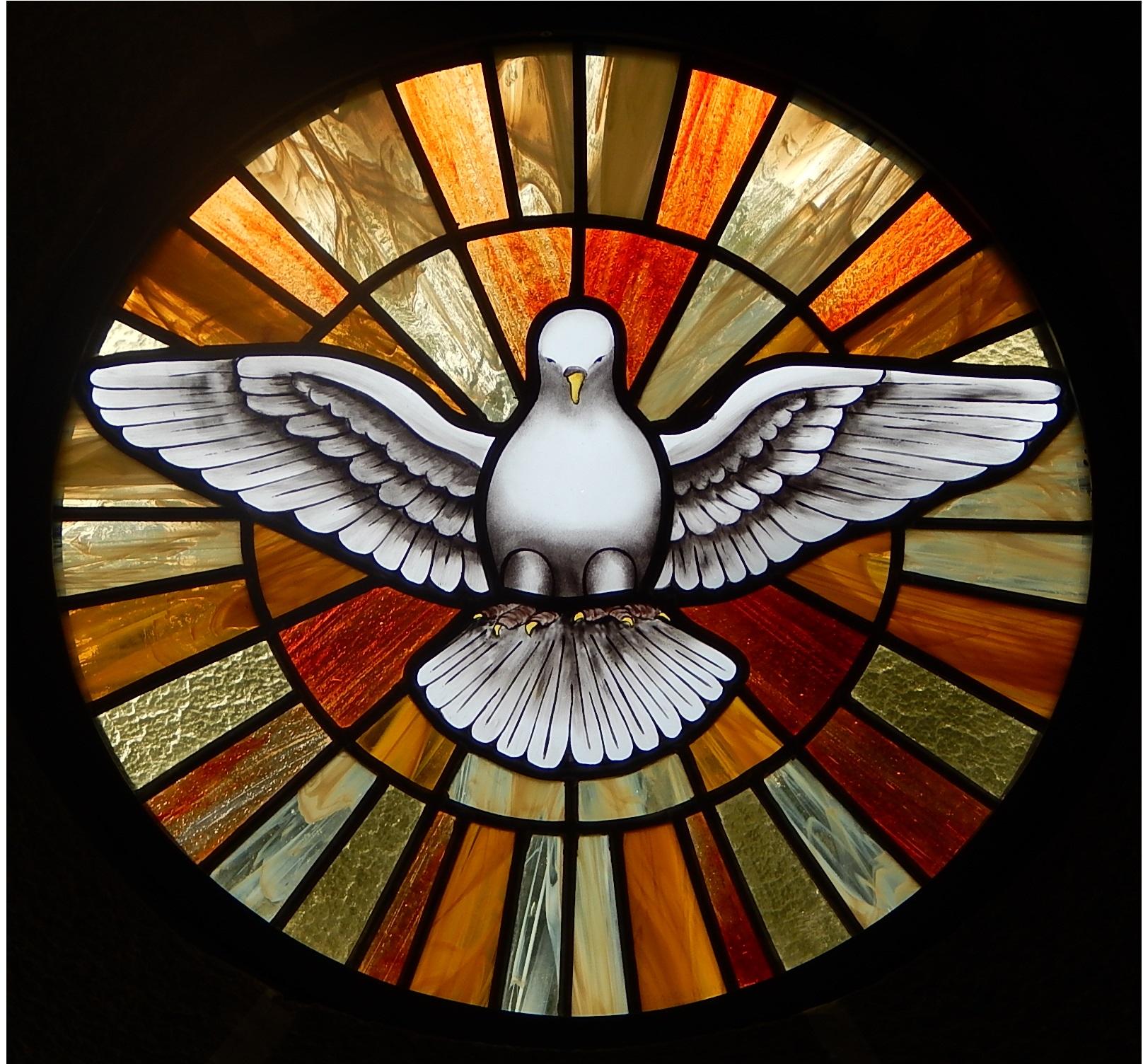 Vitral Espírito Santo