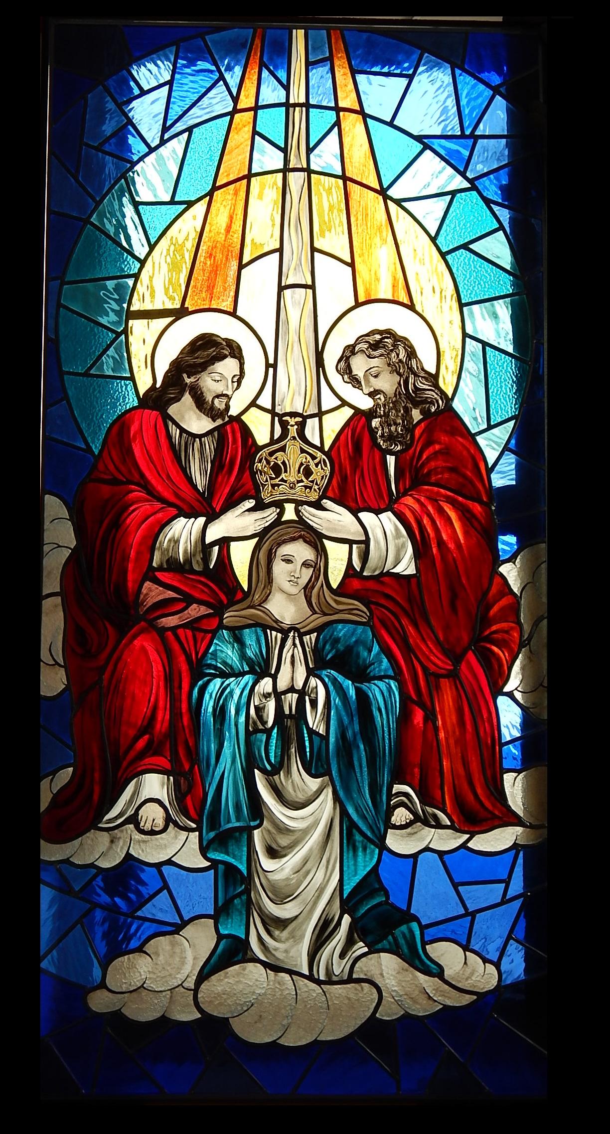 Vitral Coroação de nossa Senhora