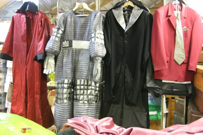 Costumes des différents tableaux