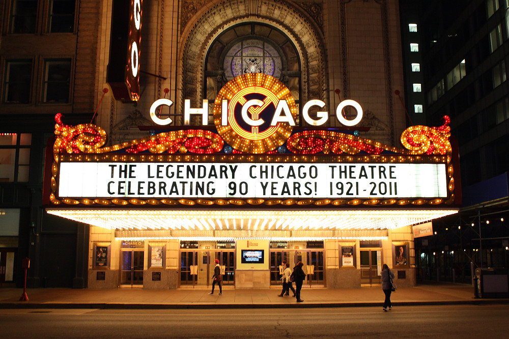 Chicago_Theater.jpg