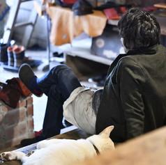 渋谷カバン工房と犬