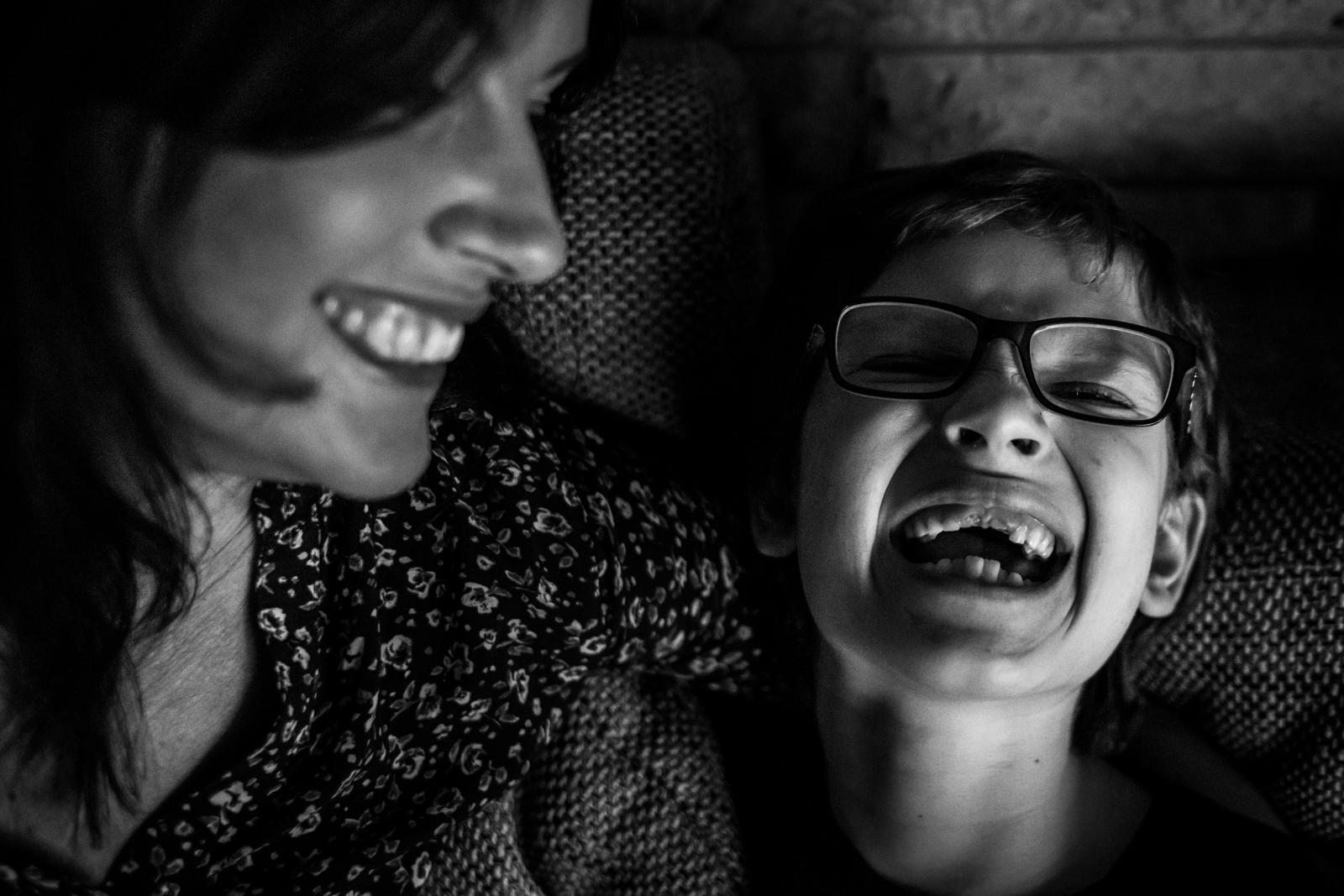 Zähne zeigen mit Mama