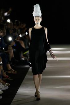 Moga+E+Mago+Show+Mercedes+Benz+Fashion+W