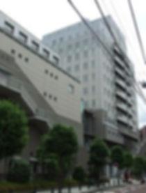 多摩区役所外観1.jpg