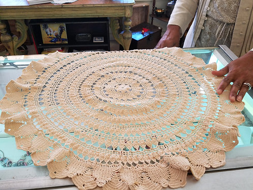 hand crocheted antique table scarf