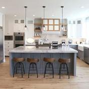 12 Best Modern Farmhouse Bar stools.jpeg