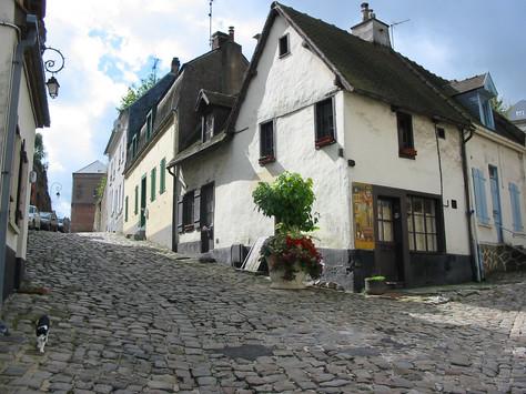 Montreuil-sur-Mer-La-Cavee-St-Firmin-©Jean-Michel-Graillot