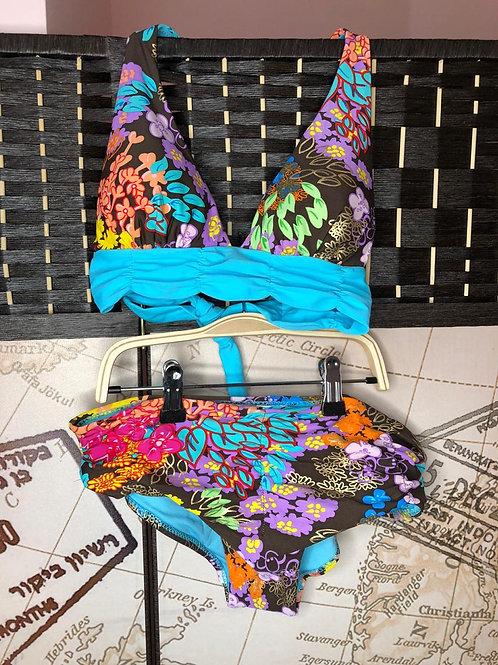 Estupendo Bikini Florido con Lisos Celeste