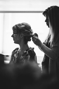 Adding gypsophilia to create this bridal look
